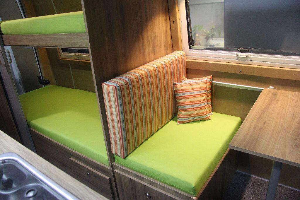 Caravan Met Stapelbed Te Koop.Volkswagen Crafter L2h2 Bus Camper Met Stapelbed Afgerond