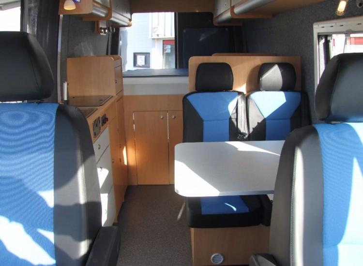 Hieronder fotou2019s van eerder ingebouwde (bus) campers :